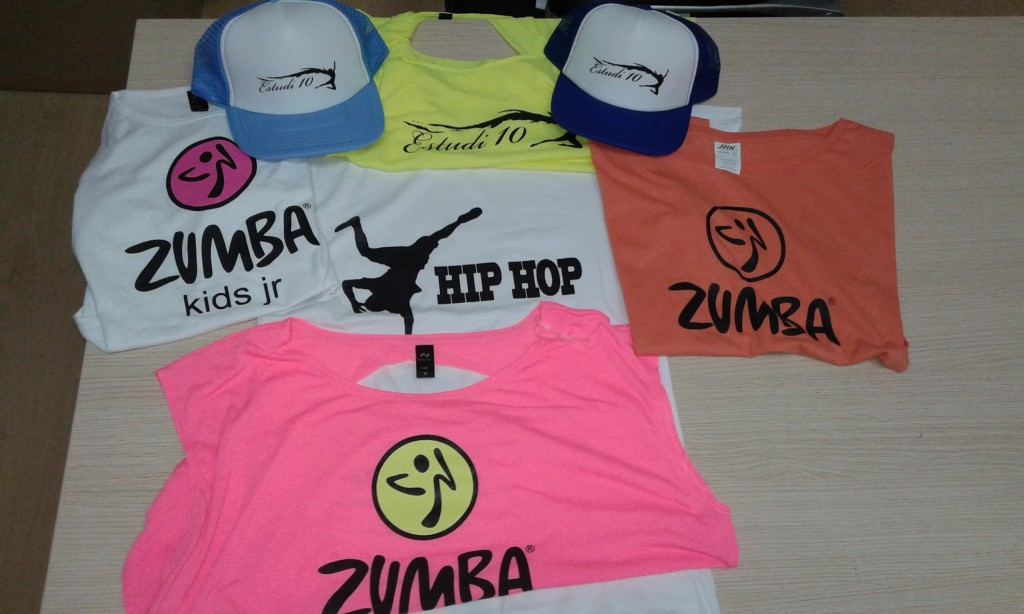 Camisetas y gorras personalizadas