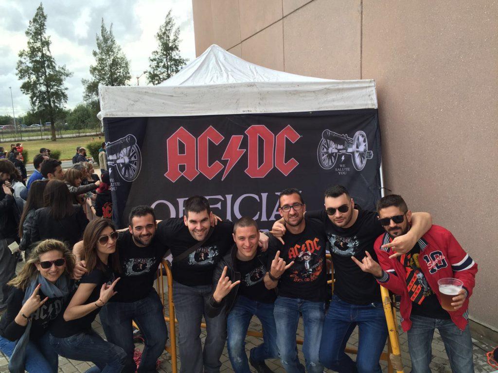 Camisetas personalizadas para el concierto ACDC