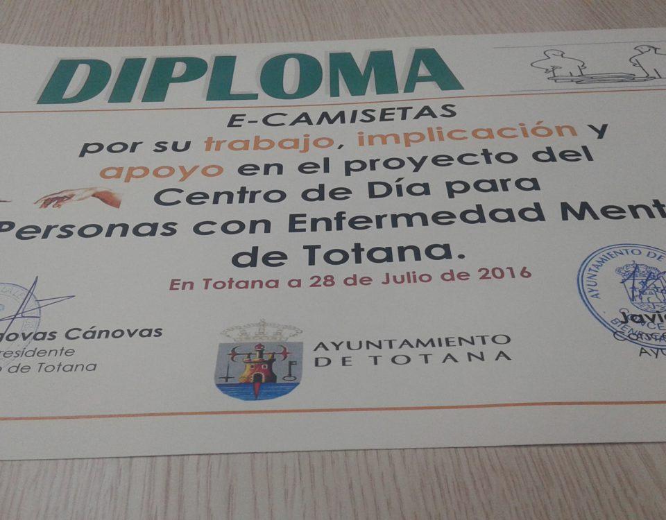 Ecamisetas colabora con el centro de personas con enfermedad mental de Totana