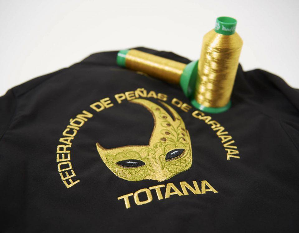chaquetas personalizadas bordadas