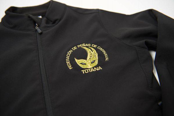 escudos personalizados bordados