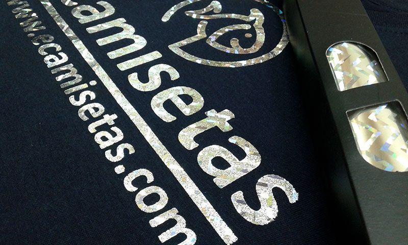 camiseta foil plata